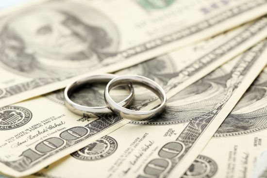 newlyweds and money