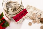 5 Ways to Minimize Your Chances of Holiday Debt