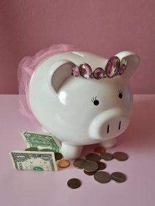 Helping to make sense of their money