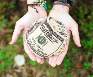 6 Ways to Budget for Charitable Giving