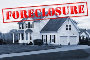 How to Buy a Foreclosed Home: 5 Things You Need to Know
