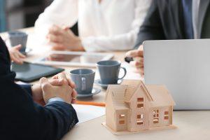 5 Factors to Consider When Choosing Mortgage Lenders