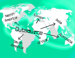 4 Ways That Your Ecommerce Business Will Benefit From Outsourcing