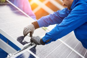 Knowing the Basics When Buying Solar Panels for Installation