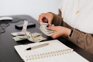 How to Manage Your Finances Wisely